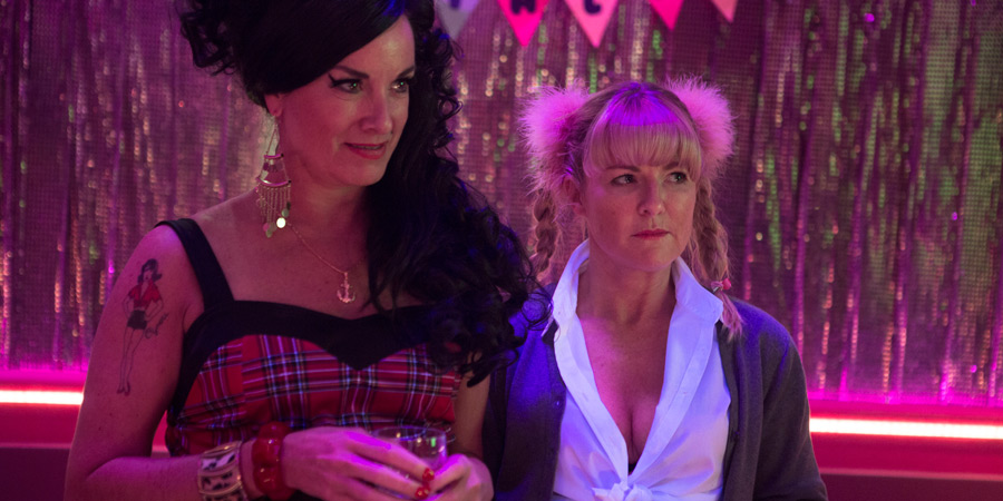 Inside No. 9. Image shows from L to R: Connie (Tamzin Outhwaite), Fran (Sarah Hadland). Copyright: BBC.