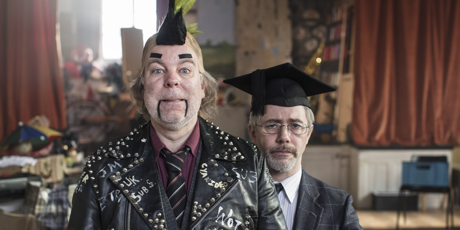 Inside No. 9. Image shows from L to R: Len Shelby (Steve Pemberton), Tommy Drake (Reece Shearsmith). Copyright: BBC.