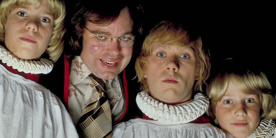 The League Of Gentlemen. Image shows from L to R: Steve Pemberton, Reece Shearsmith. Copyright: BBC.