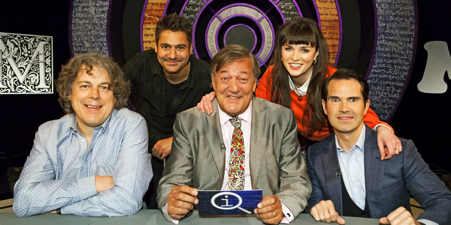 QI. Image shows from L to R: Alan Davies, Danny Bhoy, Stephen Fry, Aisling Bea, Jimmy Carr. Copyright: TalkbackThames.