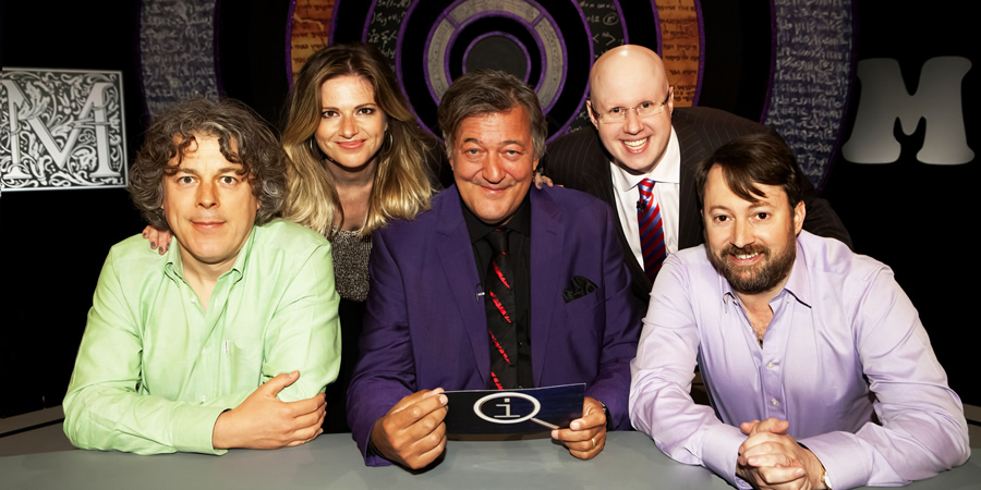 QI. Image shows from L to R: Alan Davies, Julia Zemiro, Stephen Fry, Matt Lucas, David Mitchell. Copyright: TalkbackThames.