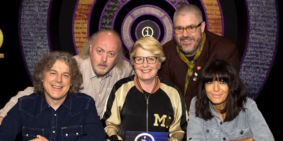 QI. Image shows from L to R: Alan Davies, Bill Bailey, Sandi Toksvig, Phill Jupitus, Claudia Winkleman. Copyright: TalkbackThames.