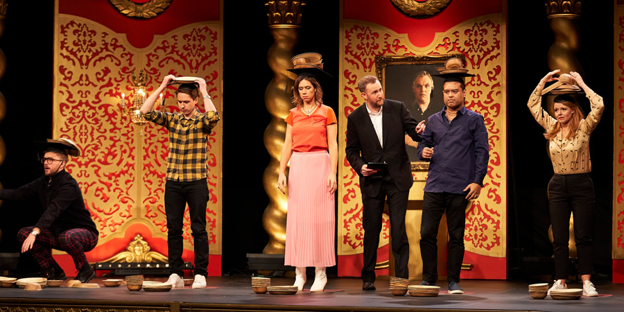 Taskmaster. Image shows from L to R: Iain Stirling, Joe Thomas, Lou Sanders, Alex Horne, Paul Sinha, Sian Gibson. Copyright: Avalon Television.