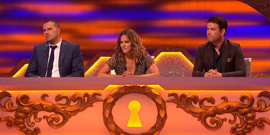 Through The Keyhole. Image shows from L to R: Paddy McGuinness, Caroline Flack, Dave Berry. Copyright: Talkback.