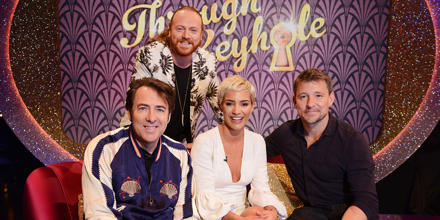 Through The Keyhole. Image shows from L to R: Jonathan Ross, Leigh Francis, Frankie Bridge, Ben Shephard. Copyright: Talkback.