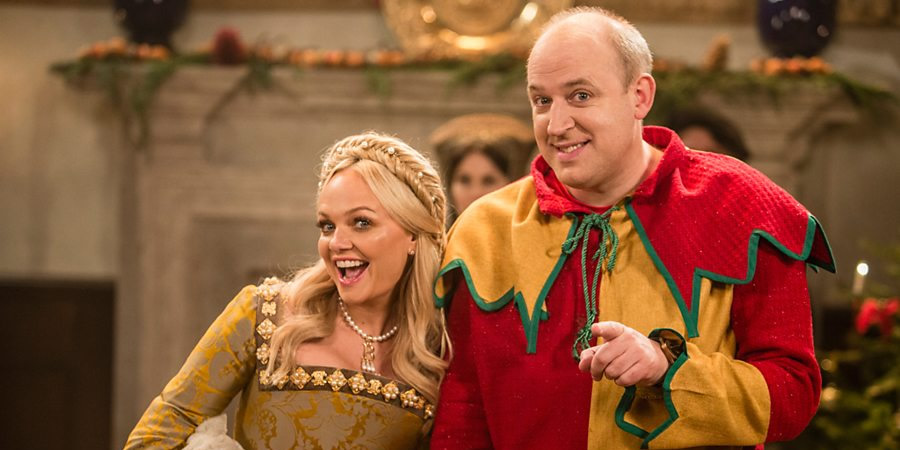 Tim Vine Travels Through Time. Image shows from L to R: Anne Boleyn (Emma Bunton), Tim (Tim Vine). Copyright: Baby Cow Productions.