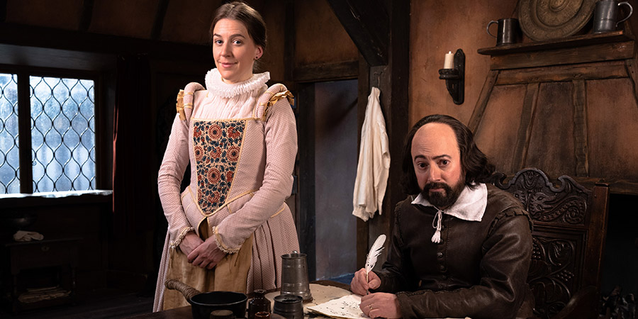 Upstart Crow. Image shows from L to R: Kate (Gemma Whelan), Will Shakespeare (David Mitchell). Copyright: BBC Studios.
