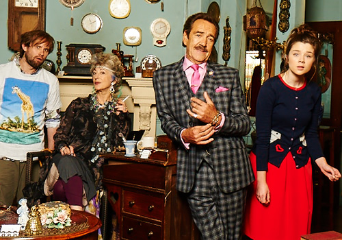 Bull. Image shows from L to R: Toby (Naz Osmanoglu), Beverley Bull (Maureen Lipman), Rupert Bull (Robert Lindsay), Faye (Claudia Jessie). Copyright: John Stanley Productions.