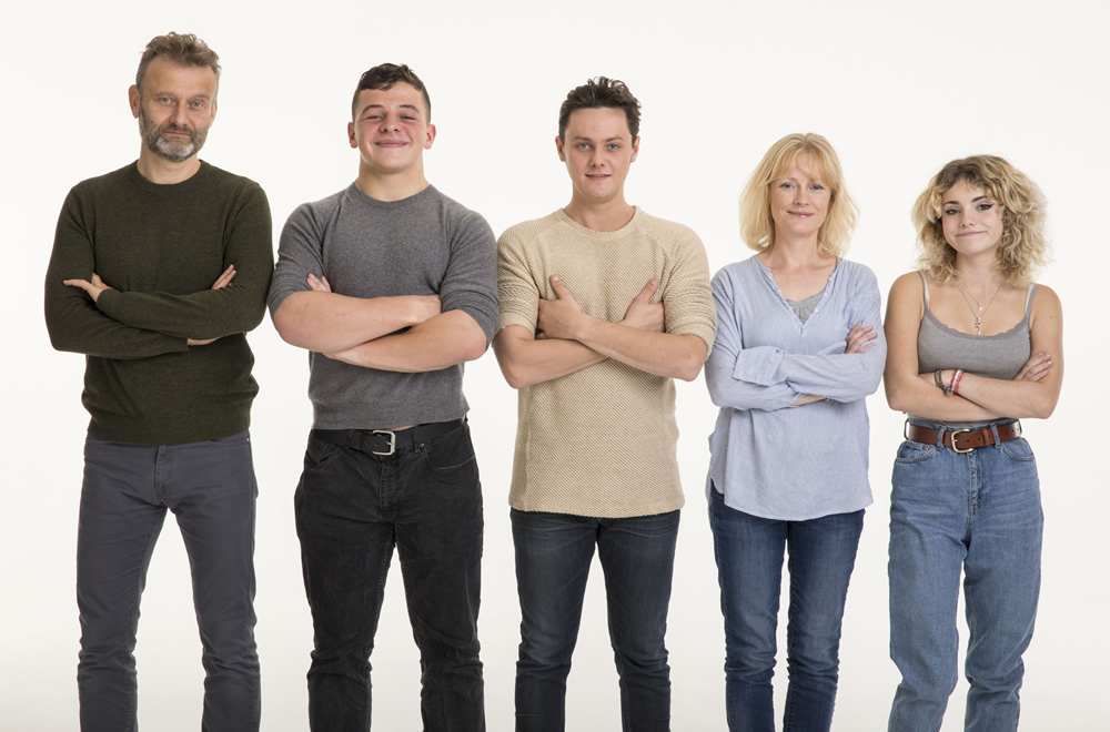 Outnumbered. Image shows from L to R: Pete (Hugh Dennis), Ben (Daniel Roche), Jake (Tyger Drew-Honey), Sue (Claire Skinner), Karen (Ramona Marquez).