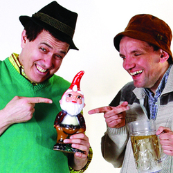 Henning Wehn / Otto Kuhnle: Das Very Best Of German Humour. Image shows from L to R: Otto Kuhnle, Henning Wehn. Copyright: Avalon Television.