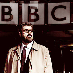 Making News. Phill Jupitus. Copyright: Evil Hypnotist Productions.