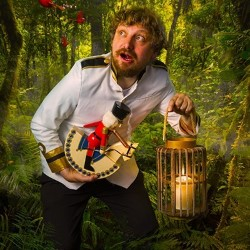 Twonkey's Christmas in the Jungle. Paul Vickers.