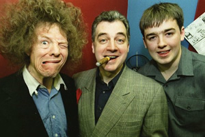 Image shows from L to R: Dave Kear, Dave Perkin, Jason Manford. Copyright: Frog And Bucket.