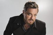 Eddie Izzard to write autobiography in 2015