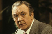 Sir Donald Sinden dies