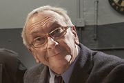 Sam Kelly dies aged 70