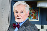 Vicious. Stuart (Derek Jacobi). Copyright: Brown Eyed Boy / Kudos Productions.