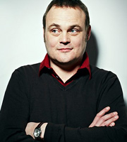 7 Day Saturday. Al Murray. Image credit: Avalon Television.
