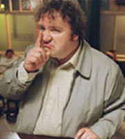 Early Doors. Eddie (Mark Benton). Copyright: Phil McIntyre Entertainment.