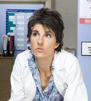 Green Wing. Caroline Todd (Tamsin Greig). Copyright: Talkback Productions.