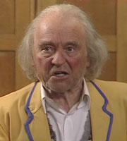 Hi-De-Hi!. Sammy (Kenneth Connor). Copyright: BBC.