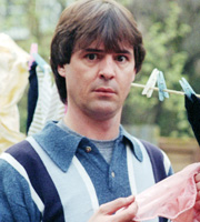 Men Behaving Badly. Tony Smart (Neil Morrissey). Image credit: Hartswood Films Ltd.
