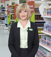 Trollied. Julie (Jane Horrocks). Image credit: Roughcut Television.