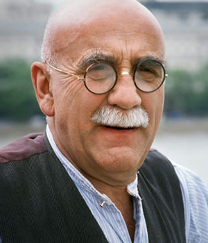 Till Death Us Do Part. Alf Garnett (Warren Mitchell). Image credit: British Broadcasting Corporation.