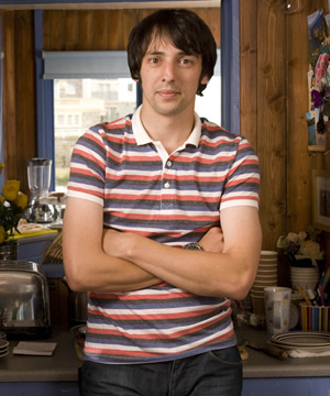 The Café. Richard Dickens (Ralf Little). Copyright: Jellylegs.