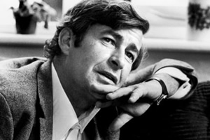 Aiden Gillen to star in Dave Allen biopic