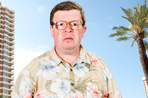 Benidorm. Clive Dyke (Perry Benson). Copyright: Tiger Aspect Productions.