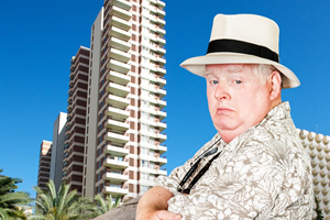 Benidorm. Donald Stewart (Kenny Ireland). Copyright: Tiger Aspect Productions.