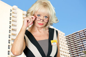 Benidorm. Joyce Temple Savage (Sherrie Hewson). Copyright: Tiger Aspect Productions.