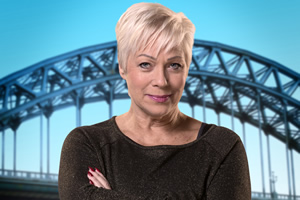 Boy Meets Girl. Pam (Denise Welch). Copyright: Tiger Aspect Productions.