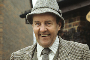 Ever Decreasing Circles. Martin Bryce (Richard Briers). Copyright: BBC.