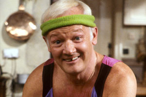 Grace & Favour. Mr. Wilberforce Clayborne Humphries (John Inman). Copyright: BBC.