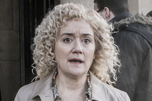 Ratburger. Miss Maxwell (Sophie Thompson). Copyright: King Bert Productions.