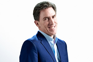 Rob Brydon to tour with his band in 2020