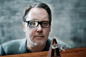 Vic Reeves to look at Dada