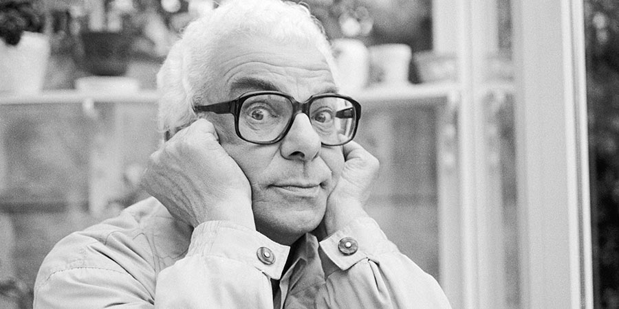 Comedy Legends. Barry Cryer. Copyright: 3DD.