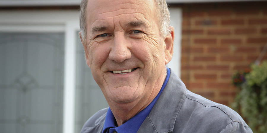Boomers. John (Russ Abbot). Copyright: Hat Trick Productions.