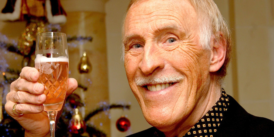 Bruce Forsyth. Copyright: Brian Smith / REX / Shutterstock.