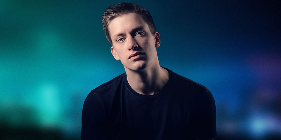 Daniel Sloss delays book after falling out of love with America