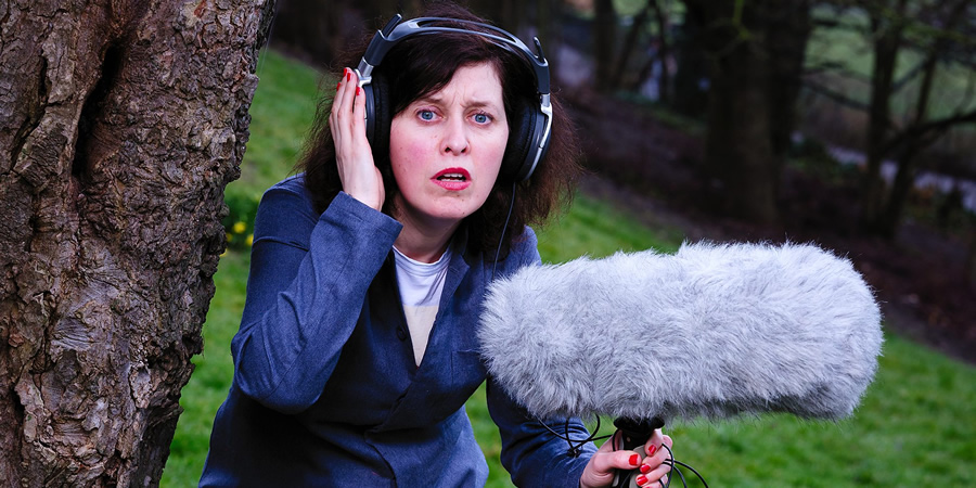 Joanna Neary - Random 8 interview - British Comedy Guide