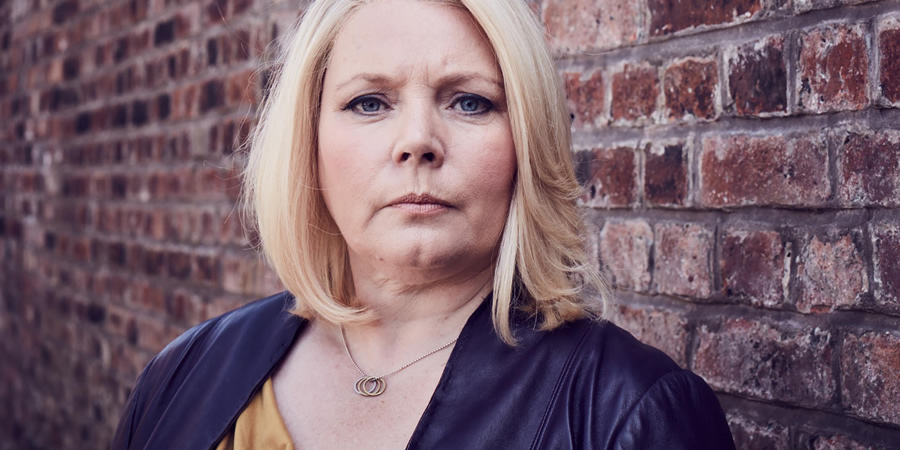 No Offence. D.I. Vivienne Deering (Joanna Scanlan). Copyright: AbbottVision.