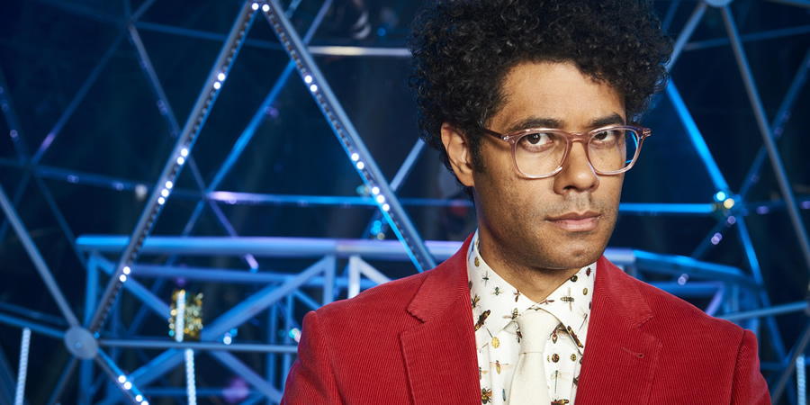 Richard Ayoade hosts The Crystal Maze - First pictures ...