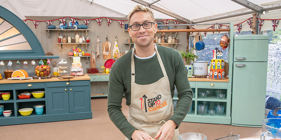 Russell Howard talks about Bake Off - British Comedy Guide