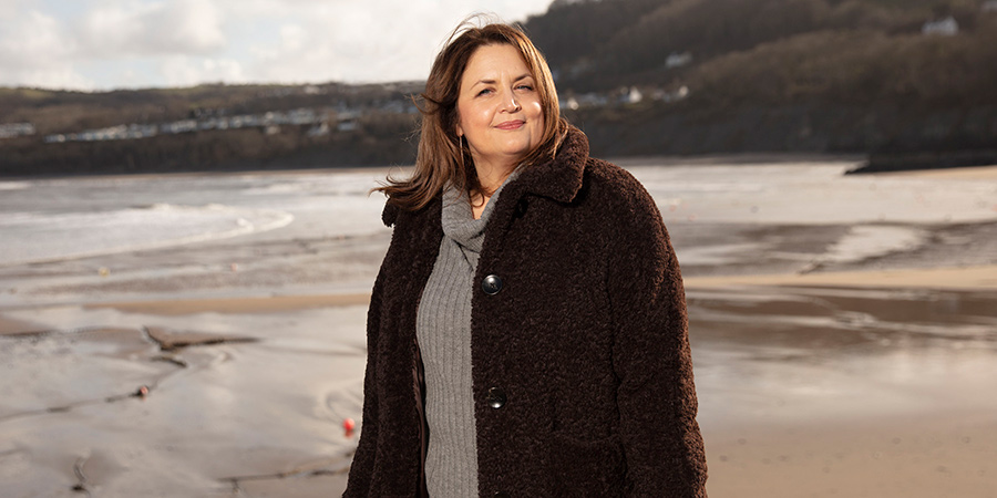 Who Do You Think You Are?. Ruth Jones.