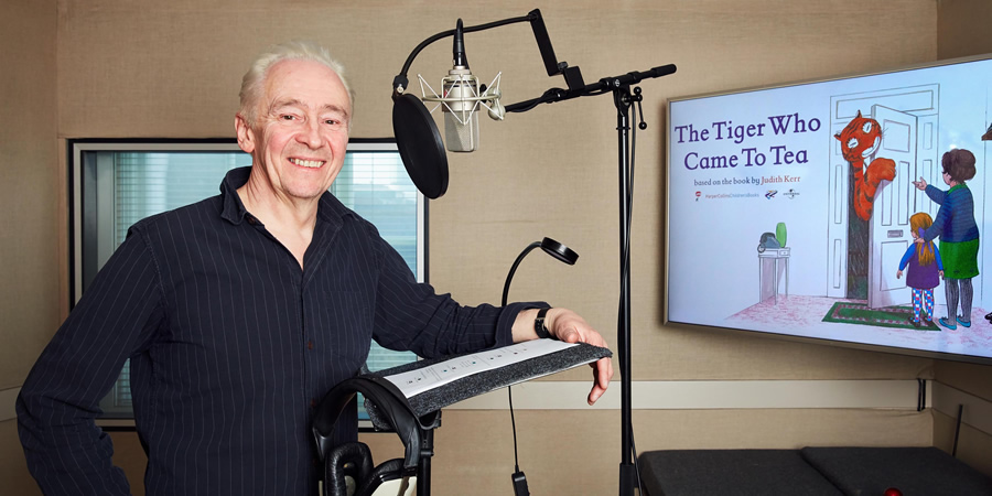 The Tiger Who Came To Tea. Paul Whitehouse. Copyright: Channel 4 Television Corporation.