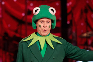 Strictly Come Dancing - Robert Webb dances to The Muppets